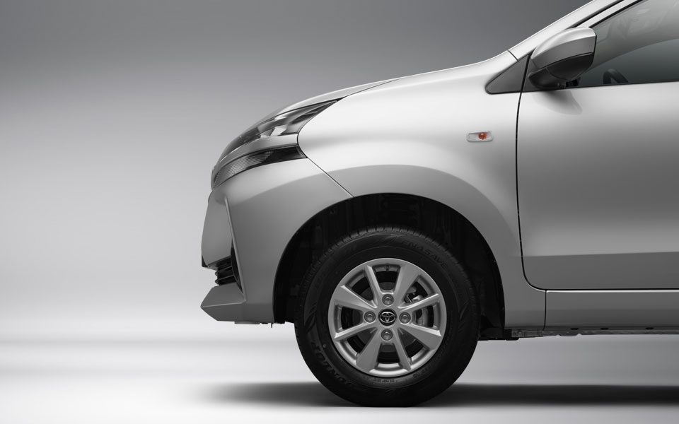 14 inch aluminium wheels of toyota avanza 2020