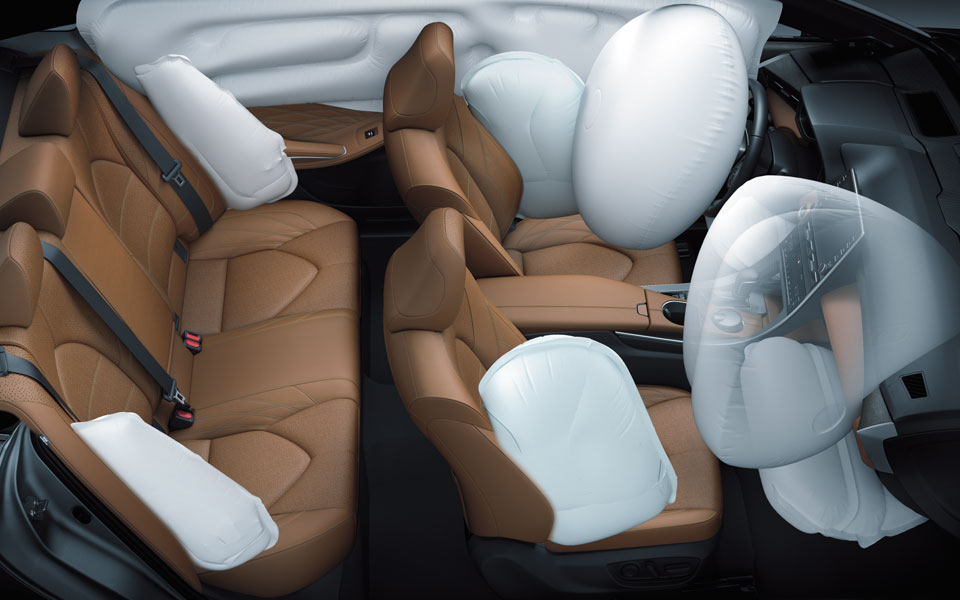 Toyota Avalon 2019 Airbags