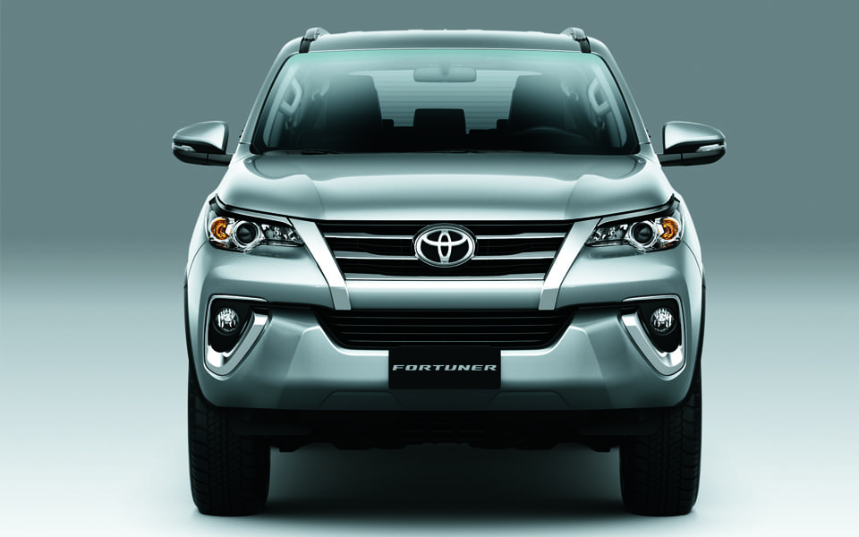 Toyota Fortuner 2018 Front View