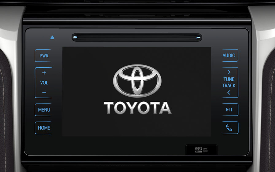 Toyota Fortuner 2018 Touch screen